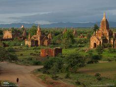 """Myanmar, nel paese delle ombre"". Fotografie di Chien-Chi Chang"