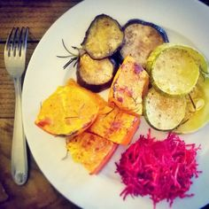 golden veggies ( pumpkin, squash, eggplant) cooked in the oven with rosemary and a fresh beetroot from the garden… damnit simple things are the best! ♥