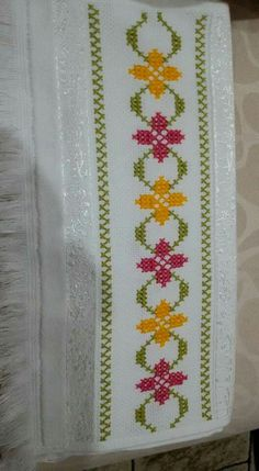 Nagihan Topal's # 787 media content and analytics Small Cross Stitch, Embroidery In Straight Stitch . Cross Stich Patterns Free, Cross Stitch Boarders, Small Cross Stitch, Cross Stitch Needles, Cross Stitch Rose, Cross Stitch Flowers, Cross Stitch Charts, Cross Stitch Designs, Cross Stitching