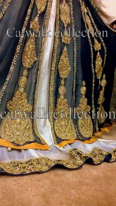 Long maxi Mehndi Outfit, Mehndi Dress, Catwalk Collection, Eid Collection, Indian Anarkali, Pakistani Dresses, Head Accessories, Bridal Accessories, Indian Attire
