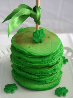 St. Patrick�s Day Green pancakes?St. Patrick's Day Green Desserts, St Patrick's day food ideas, St. Patricks Day recipe ideas