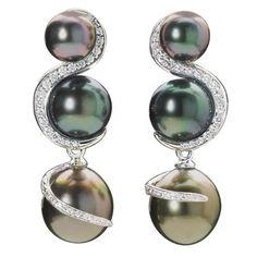 Shanghai Tahitian Pearl Diamond Gold Earrings
