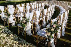 Love on the Fairway | Overseas Wedding | Banyan Tree Resort Phuket | Thailand | Golf Fairway | Unique Venue | Dancing | Fireworks | Green | Yellow | White | http://brideandbreakfast.hk/2016/11/26/love-on-the-fairway/
