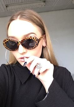 BLACK LEOPARD OVAL KURT COBAIN SUNGLASSES - Sale! Up to 75% OFF! Shop at Stylizio for women's and men's designer handbags, luxury sunglasses, watches, jewelry, purses, wallets, clothes, underwear