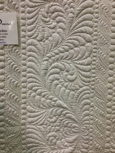 Longarm quilting by Claudia Pfeil (Germany). Spotted at the 2014 World Quilt show in Florida. Photo by Blooming in Chintz.