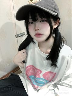 Japonese Girl, Grunge Girl, Cute Makeup, Ulzzang Girl, Cute Girls, Goth, Pretty, Clothes, Hairstyle Ideas