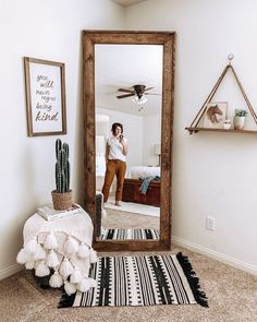 decoration ideas that will make your bedroom instantaneously much better. Cover your wall surface in attractive images and also fairy lights. Include a pop of colour with a published tapestry. Obtain creative with cute bedroom ideas. Bedroom Door Design, Boho Bedroom Decor, Bedroom Doors, Master Bedroom, Mirror Bedroom, Bedroom Ideas, Diy Bedroom, Full Length Mirror In Bedroom, Decor Room