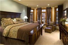 beautiful browns in this bedroom
