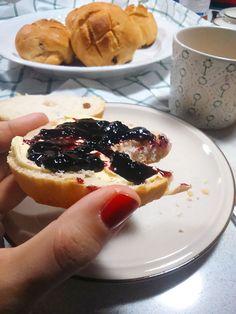 Bollitos de leche y pasas – Desayunos y meriendas de fiesta