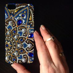 Best 11 / bejeweled decorative plate / – Page 399835273152192837 – SkillOfKing. Bling Phone Cases, Diy Phone Case, Bead Embroidery Jewelry, Beaded Embroidery, Mandala Art, Dot Art Painting, Free To Use Images, Henna Art, Bead Art