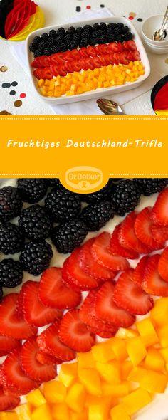 Fruchtiges Deutschland-Trifle: Cantuccini, Quark, Mascarpone und Sommerfrüchte als Deutschland-Dessert #dessert #schichtdessert #deutschland