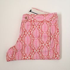 """J.Crew patterned shorts Timeless J. Crew stretch twill shorts in a colorful floral-like design. 3"""" inseam. They were worn for a season but are still in good condition. J. Crew Shorts"""