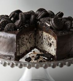 Cookie and Cream Cheesecake Oreo Cookies n Cream CheesecakeCheesecake (disambiguation) Cheesecake is a dessert. Cheesecake or cheese cake may also refer to: Just Desserts, Delicious Desserts, Dessert Recipes, Yummy Food, Gourmet Desserts, Gourmet Foods, Delicious Chocolate, Cookbook Recipes, Recipes Dinner