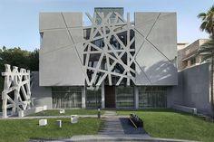 Gulf Architecture: 8 Modern Kuwaiti Residences - Architizer