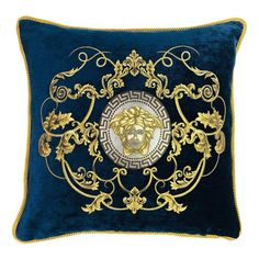 Medusa Greek Mythology Velvet Throw Pillow Navy[Picked from ETSY] For homes that were born to stand out, iconic Medusa head with an impossibly soft velvet surface and gold pipe edges, this cushion commands attention. Unique gift for Mother's Day. Iconic Barocco pattern In rich gold and navy blue Golden rope piping along the edge Dimensions: […]