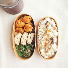HIROさんのお弁当  しめじご飯・つくねボール・甘い卵焼き・ピーマンツナ炒め+塩コン・ナスとお豆腐のお味噌汁