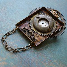 steampunk pin/pendant.  I love the Steampunk look!!!!