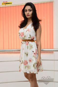 Tridha Choudhury Latest Photoshoot Stills (74)