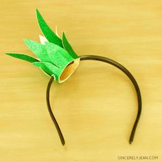 DIY Easy Pineapple Headband / Halloween Costume . SincerelyJean.com, three sisters keeping it simple!
