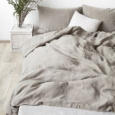 home deko wishes Natural stone washed linen duvet cover by LinenTalesInBed on Etsy The Way To Buy Fu Linen Bedroom, Home Bedroom, Linen Bedding, Bedroom Decor, Bed Linens, Linen Sheets, Rustic Bedding, Grey Bedding, Master Bedrooms