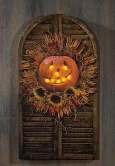 Radiance Lighted Halloween Shutter Canvas with Pumpkin Jack-o-lantern Fete Halloween, Halloween Home Decor, Diy Halloween Decorations, Holidays Halloween, Halloween Pumpkins, Halloween Crafts, Fall Decorations, Halloween Stuff, Halloween Ideas