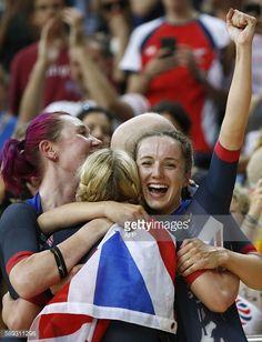 (From L) Britain's Katie Archibald, Britain's Laura... #bornde: (From L) Britain's Katie Archibald, Britain's Laura Trott,… #bornde