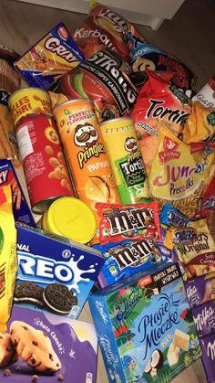 Bewitching Is Junk Food To Be Blamed Ideas. Unbelievable Is Junk Food To Be Blamed Ideas. Think Food, I Love Food, Good Food, Yummy Food, Healthy Food, Tasty, Sleepover Snacks, Movie Night Snacks, Girls Night Snacks