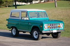 A girl can only dream - 1976 Ford Bronco!