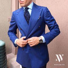 The blues is nice. Blue Suit Men, Blue Suits, Formal Suits, Men's Backpack, Pocket Square, Dapper, Gentleman, Suit Jacket, Menswear