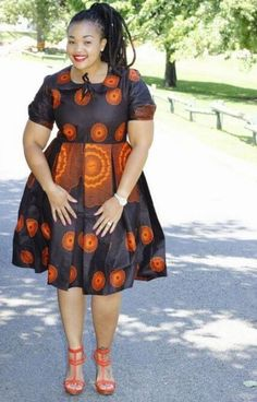 Your designser ought to adorn you with flattering Ankara styles for you. Here are some of the flattering Ankara styles for plus-sized beauties; Latest African Fashion Dresses, African Inspired Fashion, African Print Dresses, African Print Fashion, Africa Fashion, African Dress, African Prints, African Attire, African Wear