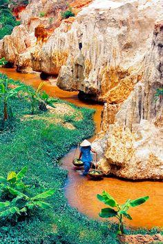 Suoi Tien -Viet Nam