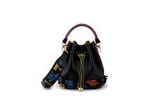 Azzurra Gronchi spring/summer bags collection, mini bucket black back