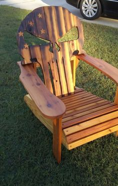These Adirondack chair plans will help you build an outdoor furniture set that becomes the centerpiece of your backyard. It's a good thing that so many plastic patio chairs are designed to stack, and the aluminum ones fold up flat. Skull Furniture, Pallet Furniture, Rustic Furniture, Cool Furniture, Outdoor Furniture, Plywood Furniture, Furniture Sets, Woodworking Shows, Custom Woodworking