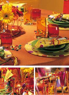 Tavola di Carnevale divertente - Fotogallery Donnaclick Table Decorations, Furniture, Home Decor, Fotografia, Decoration Home, Room Decor, Home Furnishings, Home Interior Design, Dinner Table Decorations