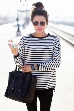 Stripes, Leggings, Messy Bun & a CLASSIC Céline bag.... people will believe you're french. Even with a southern twang!
