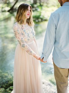 To say we need this blush dress is an understatement... http://www.stylemepretty.com/little-black-book-blog/2016/04/21/white-dress-red-lip-bright-blooms-weve-got-it-all/ | Photography: Jess Barfield - http://www.jessbarfield.com/