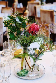 #novarese#vressetrose#wedding#red#tablecoordinate#guesttable#bordaux #natural #flower #bridal #flaige葵#フレアージュ葵#ノバレーゼ#ブレスエットロゼ#ウエディング# 赤 #ボルドー#レッド #シンプル # ゲストテーブル #テーブルコーディネート # ブライダル#結婚式