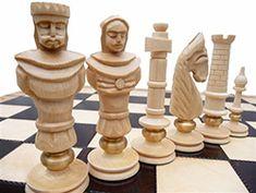 "Polish Chess Set - ""Royal Lux"" - Maple"