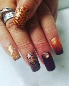 Fall Leaf Nail Art Designs - Fall leaves on nails right now are super-trendy. We searching for 60 best examples. Be ready to get inspiration! Matte Nails, Glitter Nails, Acrylic Nails, Long Gel Nails, Short Nails, Nail Effects, Nail Art Designs, Nails Design, Beautiful Nail Designs