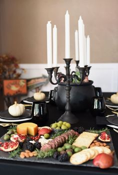 A ghoulishly gothic Halloween dinner party with a creepy cheese board and gothic tableware. Get inspired for your Halloween party! Halloween Party Themes, Halloween Dinner, Halloween Snacks, Happy Halloween, Dinner Party Decorations, Dinner Themes, Dinner Menu, 30th Birthday Themes, Funeral Party