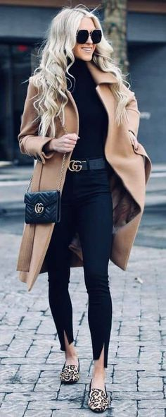45 Lovely Winter Outfits to Own Now Vol. 2 45 Lovely Winter Outfits to Own Now Vol. 1 / Lovely Winter Outfits you must Own – Lovely Winter Outfits to Own Now Vol. 2 – Lil lY 45 Lovely Winter Outfits to Own Now Vol. 2 / 51 5 Helpful Tips . Casual Fall Outfits, Fall Winter Outfits, Autumn Winter Fashion, Autumn Casual, Women's Casual, Black Outfits, Casual Shoes, Winter Chic, Dress Winter