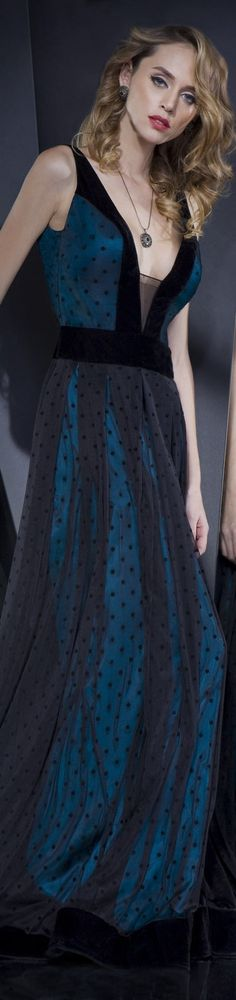 IN THE MOOD TO GO ON Collection: IN THE MOOD  Rochie de seara gown