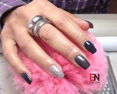 Schwarz grau glitzer Simple Nail Designs, Fun Nails, Makeup, Nail Ideas, Beauty, Jewelry, Black Nails, Red, Color