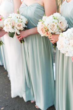 Photography: Brita Photography - britaphoto.com   Read More on SMP: http://www.stylemepretty.com/2014/07/18/elegant-augusta-wedding/