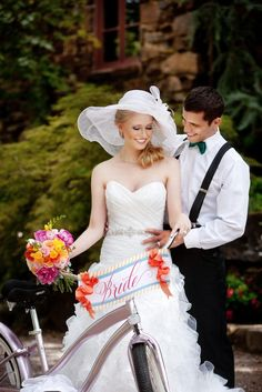 This bride's bike is just too cute! Photo by @Andrea / FICTILIS Murphy Photography. #wedding #bike #bride #signage #cutecouple