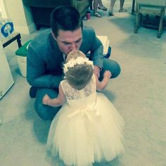 Stephen Amell and his daughter Mavi. Awwww!