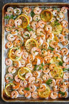 Leaf pan garlic butter shrimp - A complete dinner with only 5 ingredients. And who can resist this garlic butter sauce? - # dinner # leaf pan # shrimp # garlic Leaf pan garlic butter shrimp - A complete dinner with only 5 ingredient Healthy Recipes, Fish Recipes, Seafood Recipes, Cooking Recipes, Baked Shrimp Recipes, Frozen Shrimp Recipes, Simple Shrimp Recipes, Shrimp Dinner Recipes, Butter