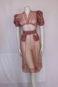 Miniola Vintage - 1940s Sheer pink dress