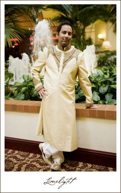 Groom, Real Shaadi, Indian Weddings, Wedding Photography, Limelight Photography   www.stepintothelimelight.com