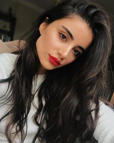 makeup looks blue eyes Red Lipstick Makeup Blue eyes makeup makeuplooksvintage Makeup Looks Blue Eyes, Red Lips Makeup Look, Red Lipstick Makeup, Makeup For Brown Eyes, Hair Makeup, Natural Summer Makeup, Simple Makeup, Natural Makeup, Graduation Makeup